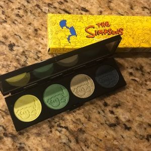 MAC The Simpson's Limited Edition Palette